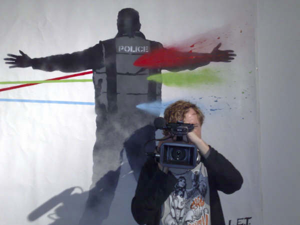 Robert_police_camera